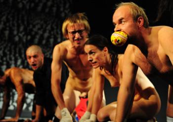 naken teater