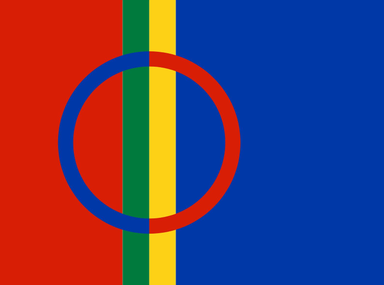 Runebommen, de førkristne samiske sjamanenes viktigste redskap, pryder det moderne samiske flagget.