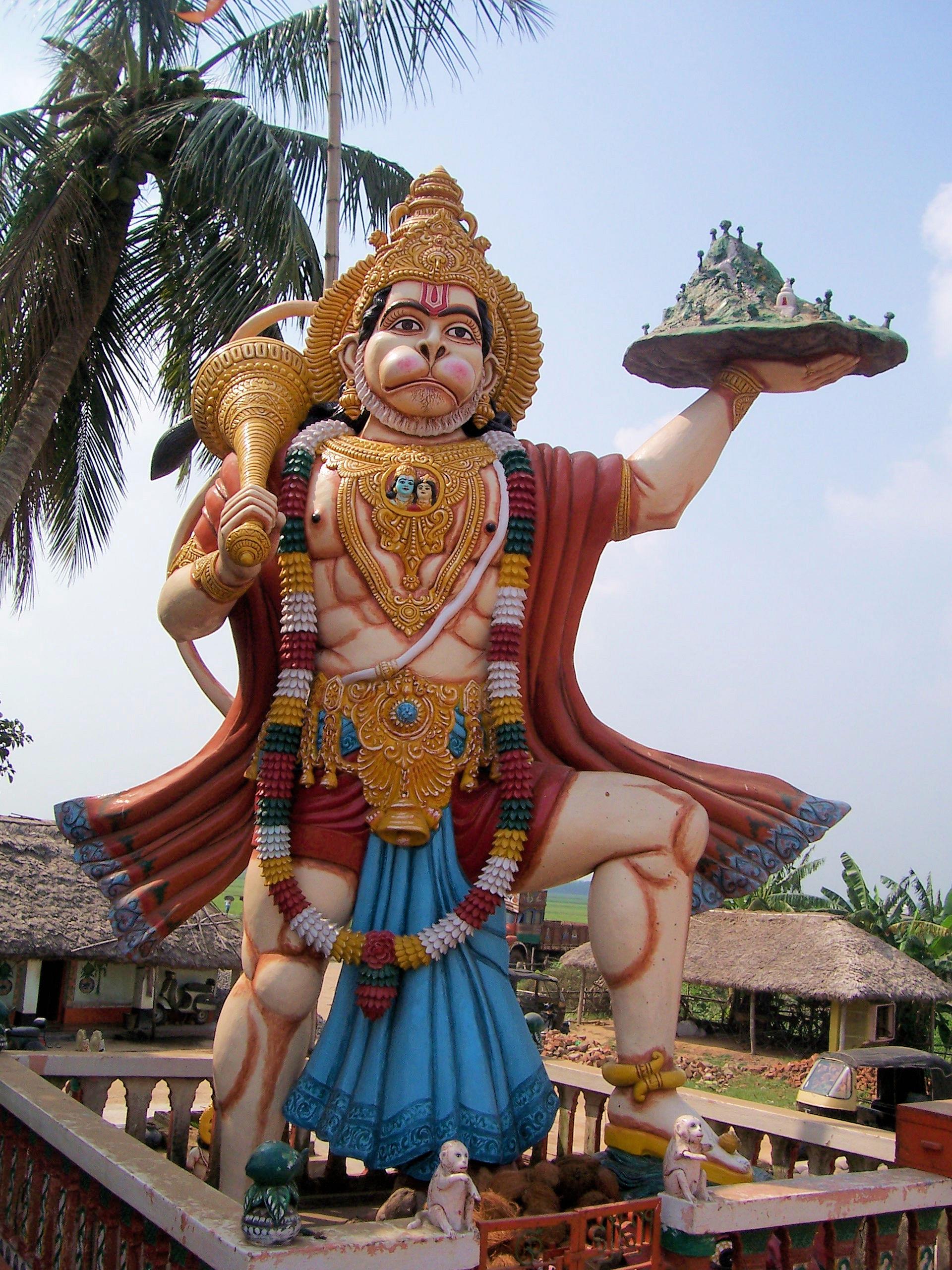 Hanuman_Statue_In_Haladiagada_Kendrapada. Foto Sujit kumar - Wikimedia Commons.